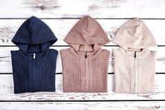 Raccolta di nuovi maglioni incappucciati tricottati Fotografia Stock Libera da Diritti