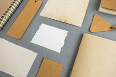 Raccolta di vari carta, cartone, etichetta, carta e libro con Fotografia Stock Libera da Diritti