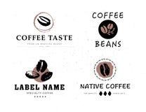 Raccolta di vettore degli elementi disegnati a mano di progettazione di logo del caffè isolati su fondo strutturato illustrazione di stock