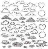Raccolta disegnata a mano delle nuvole illustrazione di stock