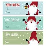 Raccolta piana sveglia delle etichette di Natale di progettazione con gli gnomi royalty illustrazione gratis