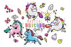 Raccolta sveglia con gli oggetti magici, arcobaleno, ali leggiadramente, cristalli, nuvole, pozione dell'unicorno Linea stile dis royalty illustrazione gratis