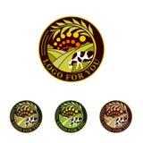 Raccolta verde di logo dell'azienda agricola Logos rurale del paesaggio Segni ambientali Insieme degli elementi dell'emblema di p royalty illustrazione gratis
