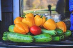Raccolto in autunno tardo fotografie stock