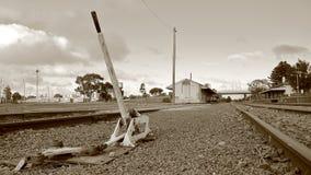 Raccordo ferroviario isolato del paese Immagini Stock