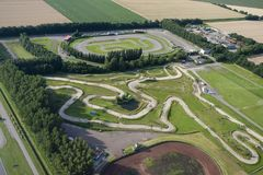 Racebaan, Race course. Luchtfoto van racebaan; Aerial photo of race course royalty free stock image