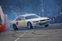 Racecar Antrieb Lizenzfreie Stockbilder