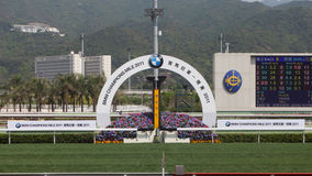 Racecourse κασσίτερου Sha: Η Bmw υπερασπίζεται το μίλι Raceday στοκ εικόνα