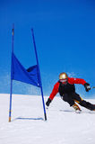 raceren skidar slalom Royaltyfri Bild