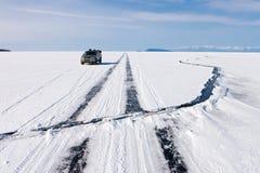 Rache-se em um gelo de Baikal Foto de Stock Royalty Free
