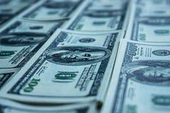 100 rachunków dolarowy pieniądze stos Obrazy Royalty Free