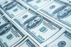 100 rachunków dolarowy pieniądze stos Zdjęcia Stock