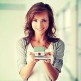 rachunków euro target2188_1_ domu modela kobiety fotografia royalty free