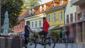 Racica van straativana timelapse in Kroatisch hoofdzagreb is tijdens zonnige dag in de zomer Zagreb, Kroatië stock footage