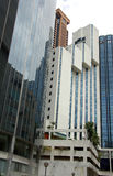 Racimo de torre del hotel y de la oficina Imagen de archivo libre de regalías