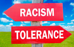 Racismo y tolerancia imagenes de archivo