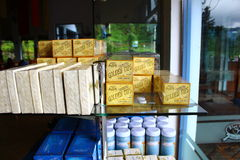 Rack with Golden Ceylon tea Royalty Free Stock Photo