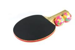 Racket och två bollar för en lek av Pong Payne Royaltyfria Bilder