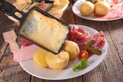 Raclette,涮制菜肴 免版税图库摄影