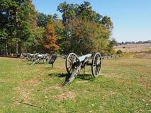 Rad av kanoner på den Gettysburg slagfältet Royaltyfri Bild