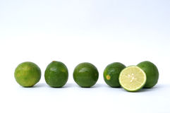 Rad av limefrukter Arkivfoton