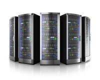Rad av nätverksserveror i datorhall Royaltyfri Fotografi