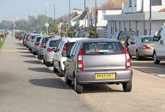 Rad av parkerade bilar Royaltyfria Foton