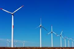 Rad av windturbiner Fotografering för Bildbyråer