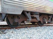 Rad der Zug- und Eisenbahnsuspendierung lizenzfreie stockfotografie