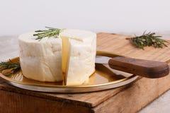 Rad des brasilianischen traditionellen Käses Minas stockfoto