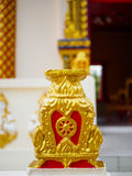Rad des Lebens oder des Dharmachakra oder Rad von Dhamma bei Wat Chaiyamangalaram Penang Malaysia Stockfotos