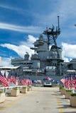 rad för pärla för amerikanska flagganhamnminnesmärke Arkivbilder