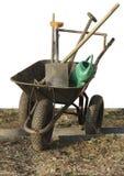 Rad mit den Gartenwerkzeuggegenständen lokalisiert lizenzfreie stockfotos
