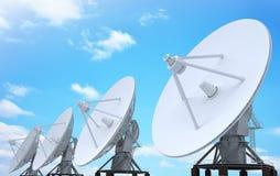 Radar de rangée et ciel bleu illustration libre de droits