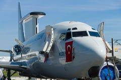 Radar de surveillance militaire æroporté et contrôle Boeing B737 AEWC Image libre de droits