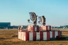 Radar en aeropuerto fotografía de archivo