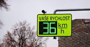 Radar för hastighetsgräns Arkivbild