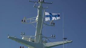 Radar i färjan i handling och flagga av Finland arkivfilmer