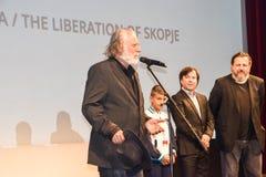Rade Serbedzija en de gietvorm van de Bevrijding van Skopje Bij de Filmfestival 2016 van Sarajevo Royalty-vrije Stock Foto