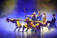 Radeau de peau de mouton à travers la lune de ballet de rivière-Hui au-dessus de Helan Photos libres de droits