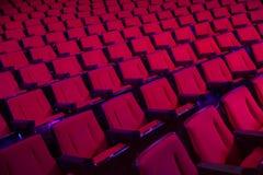 Rader av tomma teaterplatser Royaltyfria Foton