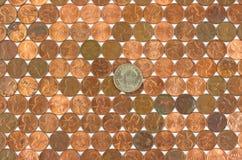 rader för encentmynt för myntdollar gammala Arkivfoto