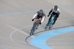 Radfahren am Calgary-Velodrome Lizenzfreie Stockfotos