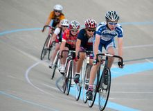 Radfahren am Calgary-Velodrome Stockfotos