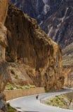 Radfahren in Tibet Stockfotos
