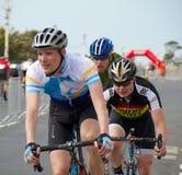 Radfahrenfestival Eastbournes - 4. Kategorien-Straßenrennen lizenzfreie stockfotos