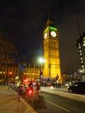 Radfahrer bei Big Ben stockfotografie
