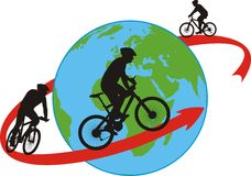 Radfahrer, die an auf der ganzen Welt reiten Stockbild