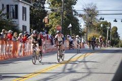 Radfahrer im Triathlon 2015 Louisvilles Ironman Lizenzfreie Stockfotografie