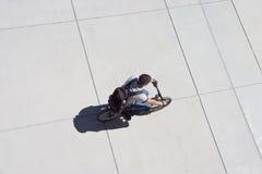 Radfahrer von oben Stockfotografie